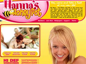 Hanna's Honeypot - I Love it When Guys And Girls Watch Me Play With Myself